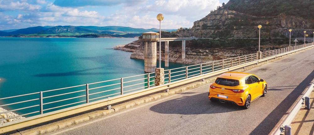 I rischi delle auto in estate | Messa T