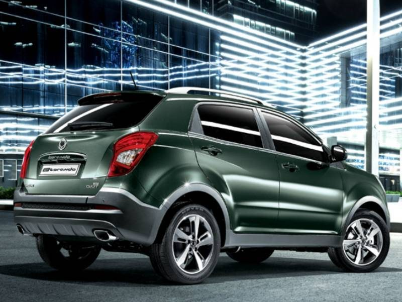 ssangyong-korando-2017-back-side-5