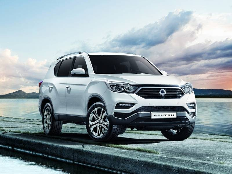 ssangyong-rexton-front-side-11111