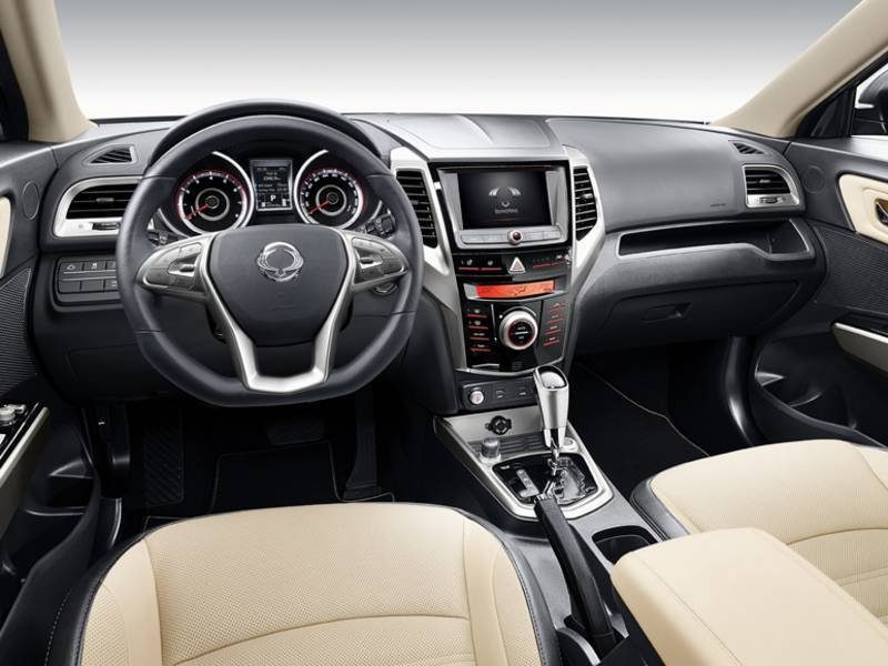 ssangyong-tivoli-2018-facelift-interior-view-2