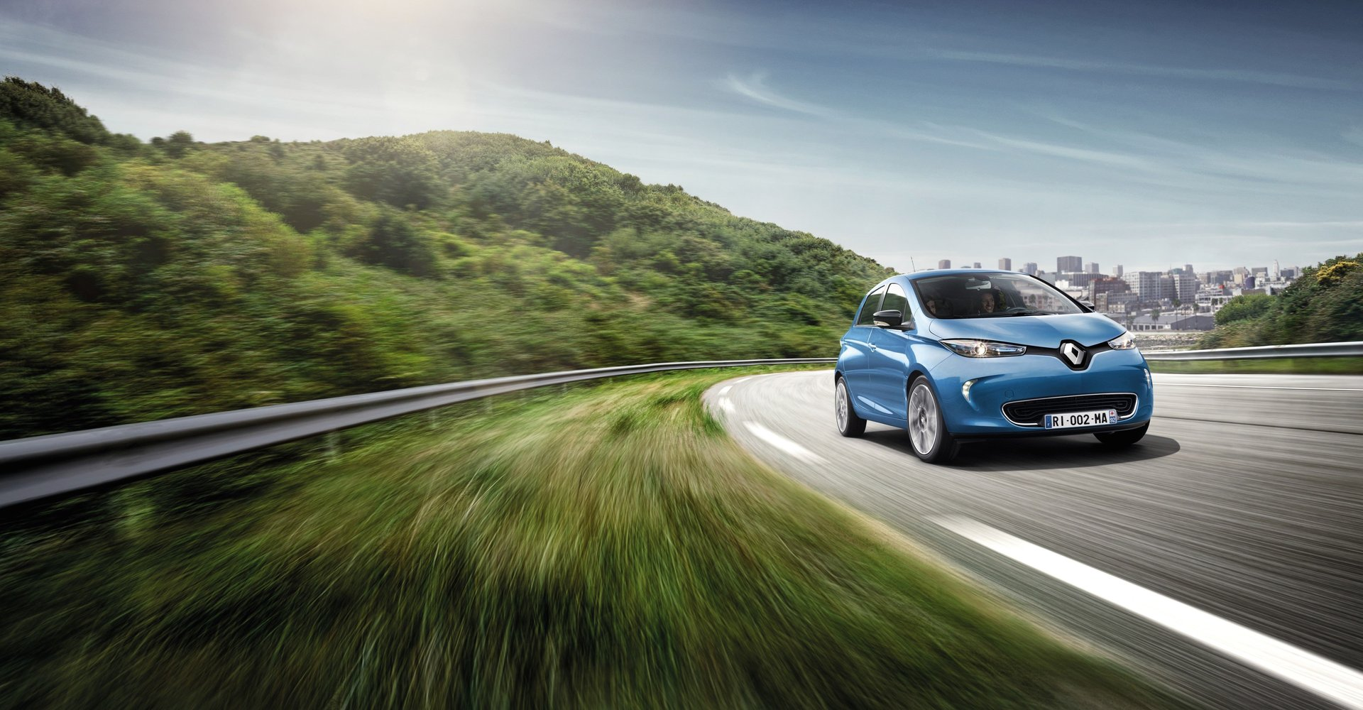 Renault Zoe: l'elettrico sbarca in casa Fabio Leone
