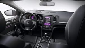 renault-megane-bfb-ph1-overview-bose-edition-005-jpg-ximg-l_full_m-smart