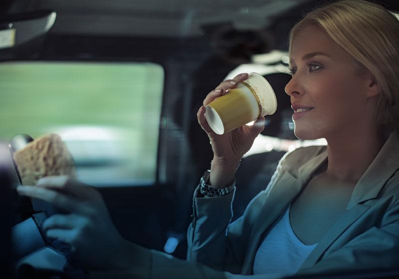 Autoservice 12h in Eppan Bozen. Jetzt durchgehend geöffnet mit gratis Kaffee, orario continuato. Die Autowerkstatt, Autoverkauf in Südtirol: Autoplus
