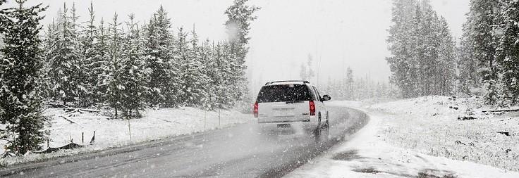 10-consigli-viaggio-auto-inverno