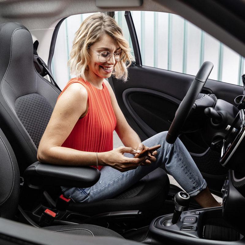 smart-si-proietta-nel-futuro-dal-2020-produrra-solo-veicoli-elettrici-5