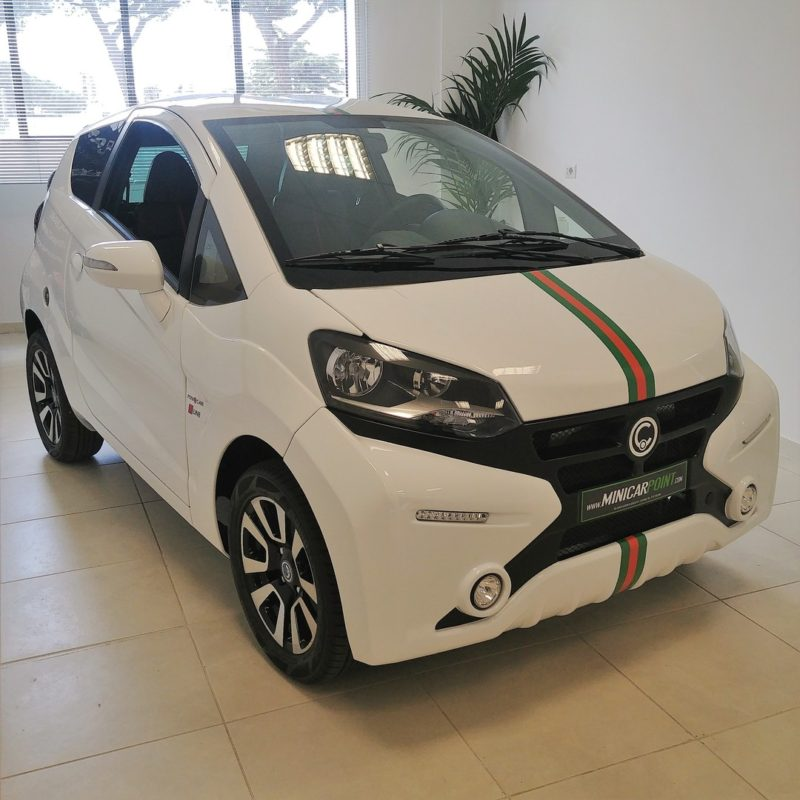 casalini-m20-gucci-style-minicar-point-3