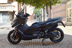 auto-moto-usate-roma-yamaha-t-max-530-dx-abs-2018-dsc_0816
